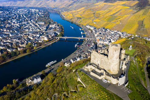 Germany, Rhineland-Palatinate, Bernkastel-Kues, Helicopter view of Landshut Castle, Moselle and surrounding town in summer - AMF09114