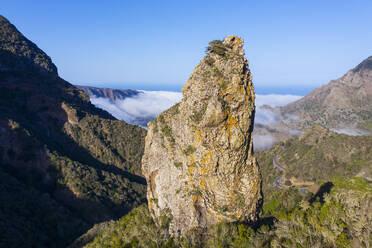 Felsnadel Espig�n de Ibosa, Nationalpark Garajonay, bei Hermigua, Drohnenaufnahme, La Gomera, Kanaren, Spanien - SIEF10116