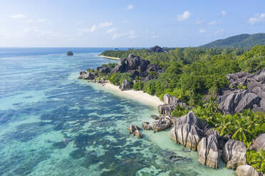 Aerial view of the famous sandy beach Anse Source d´Argent at La Digue Island. Anse Source d´Argent, La Digue, Seychelles, Indian Ocean, Indian Ocean Islands, Africa, Equator. - RUEF03201