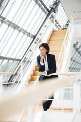 Deutschland, NRW, Gelsenkirchen, Business, Büro, Frau, 55 Jahre, - JOSEF03654